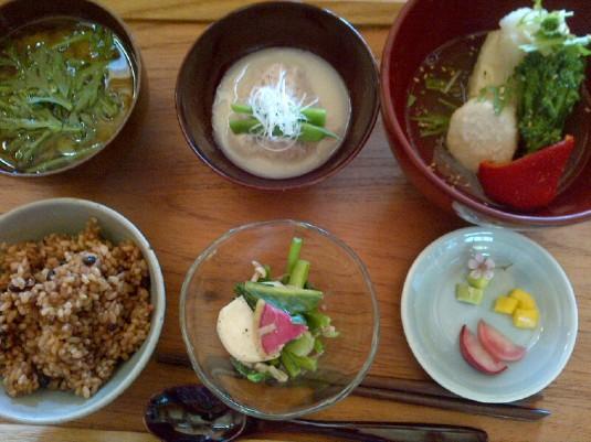 養生園の料理 (1)